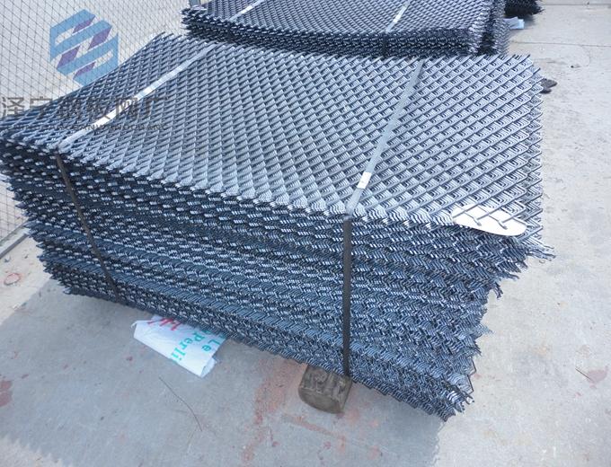 竹芭片介绍:竹芭片也叫竹芭片、钢筋网片,钢笆网采用低碳钢丝焊接,不需要表面处理,是在工地上